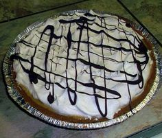 cuddles, crafts, cupcakes: Banoffee Pie  looks a little like danger pie