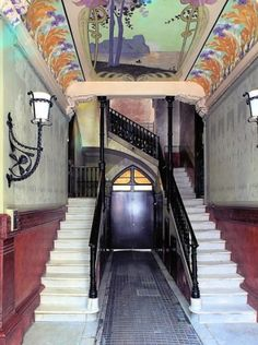Art-Nouveau  hallway and stairs
