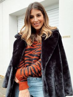 How to Create a Capsule Wardrobe and Streamline Your Closet Best Travel Clothes, Who What Wear, Capsule Wardrobe, Fur Coat, Create, How To Wear, Closet, Jackets, Fashion