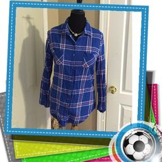 "🌸Plaid Shirt🌸 Laid back Plaid Flannel shirt-wear the sleeves rolled up or down-chest measures 21""-Price Firm unless bundled for the discount‼️‼️‼️‼️‼️ 🌸No Bounderies🌸 Tops Button Down Shirts"