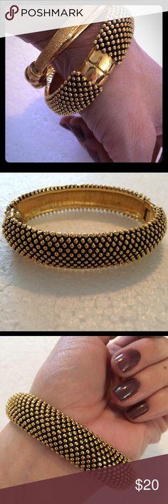 Black Gold Bangle Bracelet Elegant black and gold toned hinge bracelet Independent Designer Jewelry Bracelets Gold Bangle Bracelet, Gold Bangles, Gold Jewelry, Jewelry Necklaces, Gold Kangan, Designer Jewelry, Jewelry Design, Expensive Jewelry, Posh Love