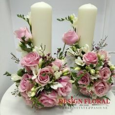 Lumanari nunta trandafiri roz si frezii Advent Candles, Pillar Candles, White Wedding Bouquets, Wedding Flowers, Flower Arrangements Simple, Candle Art, Candle Centerpieces, Christmas Candle, Flower Fairies
