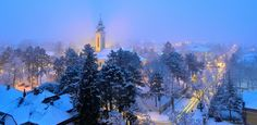 Karácsony a külvárosban. Snow, Photos, Outdoor, Outdoors, Pictures, Outdoor Games, The Great Outdoors, Eyes, Let It Snow