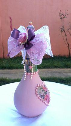 Garrafa decorativa Shabby Chic,para casamento,bodas,aniversário,15 anos,decoração.