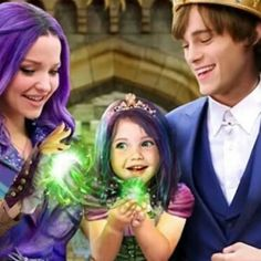 Not a scene that happen in descendants 3 but it's cute! If you know who made this edit telling me The Descendants, Cameron Boyce Descendants, Descendants Characters, Disney Channel Descendants, Disney Channel Stars, Cheyenne Jackson, Dove Cameron, Hades, Maleficent