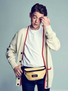 Male Fashion Trends: El pequeño gran Noah Schnapp para L'Officiel Hommes Paris por Eric Ray Davidson