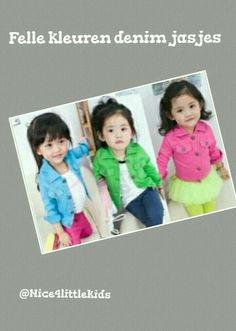 Vrolijk gekleurde jasjes. Verkrijgbaar in het blauw, groen en roze.  www.nice4littlekids.nl
