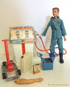 Madelman gasolinero con herramientas. 1ª generación / Madelman en todocoleccion The Old Days, Old Toys, Vintage Toys, Action Figures, Nostalgia, Old Things, Barbie, Home Appliances, Plastic