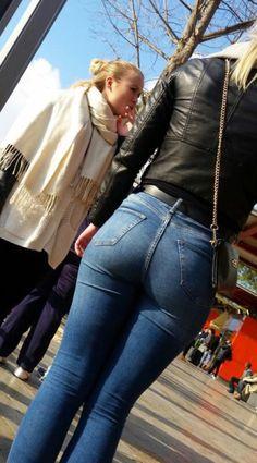 Skinny Jeans großen Hintern