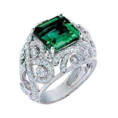 Three Colours of Love Emerald Bombe Ring #Fabergé #emerald #ring