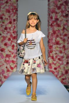 Monnalisa Spring/Summer 2017 Fashion Show Palazzo Corsini, Florence June 23rd, 2016 #FashionShow #Monnalisa #Jakioo #Catwalk #Runway