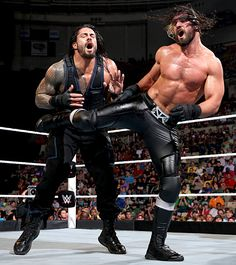 Raw 9/15/14: Roman Reigns vs Seth Rollins
