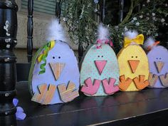Easter Chicks--pretty sure I could cut these out w/ my scroll saw--so cute!!