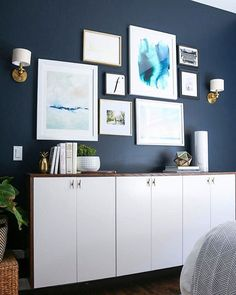 The guest room makeover is just about d.o.n.e!! Sharing all the details on this DIY #fauxdenza and Casey's new #gallerywall this week on the blog. #finnsfirsthome // Paint Color: Valspar's Dutch Licorice, Art & Accessory details  @liketoknow.it www.liketk.it/2lwX6 #liketkit #ltkhome