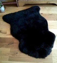 NATURAL SHEEPSKIN RUG BLACK FUR RUG