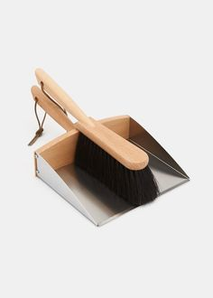 Dustpan and Brush Set | Rodale's