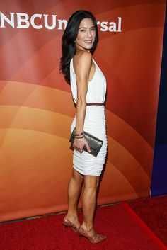 Jaime Murray Chanel bag Manolo Blanik Snakeskin shoes.  I love Jaime Murray!