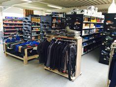 Der neue Shop in Rheda-Wiedenbrück. Bei ins bekommen Sie richtig gute Berufskleidung und Werkzeuge.  www.strohmeiergmbh.de