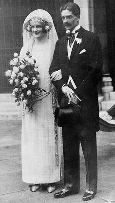 1920s Vintage Bride