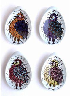 Bird trays from the Royal Copenhagen Aluminia Tenera series designed by Beth Breyen