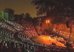 Teatre  grec en un dia d'estiu