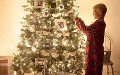 <em> A Less-Is-More Christmas Season – It'scounterintuitive to do less, but doing less leaves more roomfor family, simple traditions, and the true spirit of Christmas. </em>   Does your December look like this? A calendar packed with holiday concerts and parties. Boxesof decorations that need dusted and displayed. A formidableto-do list of card making and cookie baking and merry making. <strong> Somehow, ever</strong>...