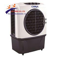 Máy làm mát CHIKA CK020 Thông số kỹ thuật - Điện áp: 220V/50Hz - Điện năng tiêu thụ:240W/h - Tốc độ quạt: 3 cấp độ - Độ ồn: <55dB - Điều khiển : Nút bấm - Lưu lượng không  khí: 2000m³/h - Dung tích ngăn nước: 45 Lít - Diện tích làm mát: 15m2 - 25m2 - Mức tiêu thụ nước: 2 -3 L/h Chức năng:  - Tự động kiểm soát và cân bằng độ ẩm - Chức năng tạo ion có lợi cho sức khỏe - Cảnh báo tình trạng thiếu nước - Làm mát cho không gian mở Xuất xứ: Thái Lan