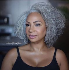 Silver black girls hairstyles, afro hairstyles, haircuts, grey hair i Grey Hair Don't Care, Grey Curly Hair, Silver Grey Hair, Curly Hair Styles, Natural Hair Styles, Black Hair, Ageless Beauty, Natural Curls, Great Hair