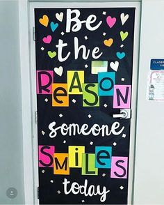 "463 Likes, 7 Comments - Amber (@asmilingteacher) on Instagram: "" I'm absolutely in love with @sweettoothteaching 's classroom door! #kindness"""