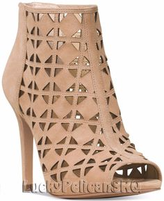 Fabulous Michael Kors Booties Feel fab in these khaki laser cut peep toe booties from MICHAEL Michael Kors. NWB -Peep toe booties -Back zipper closure -Closed back heel height -Suede upper -Imported MICHAEL Michael Kors Shoes Ankle Boots & Booties Open Toe Boots, Tan Ankle Boots, Tan Booties, Bootie Boots, Shoe Boots, Cutout Boots, Michael Kors Shoes, Cute Shoes, Ivy