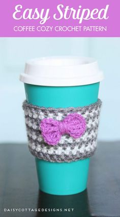 Learn how to make this easy crochet coffee cozy using this easy crochet pattern. It's quick and easy, and makes a wonderful gift for your friends and coworkers.