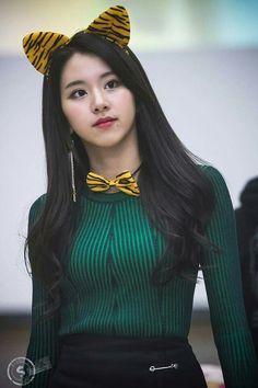 TWICE♡ChaeYoung (채영) Nayeon, Kpop Girl Groups, Korean Girl Groups, Kpop Girls, Twice Chaeyoung, Rapper, Twice Kpop, Dahyun, Entertainment