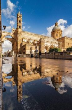 Cathedral of Palermo - Sicilia - Italy Places Around The World, Oh The Places You'll Go, Places To Travel, Places To Visit, Travel Destinations, Italy Tourism, Italy Travel, Sicily Italy, Venice Italy
