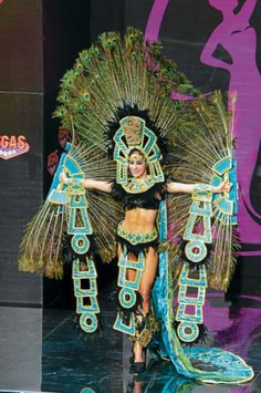 My favourite costume from this competition - pity there's no mention of the actual costume designer/makers. Diana Schoutsen Mendoza, Miss Universe Honduras models in the National Costume contest at Vegas Mall on November Miss Universe Costumes, Miss Universe National Costume, Barbie Miss, Mardi Gras Costumes, Festival Costumes, Fantasy Dress, Native American Tribes, Beautiful Inside And Out, Costume Contest