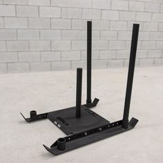 The Gator Prowler & Sled possibilites are endless! Great for a wide range of sled training movements like shoulder raise dragging, ankle dragging, walking lat pulls and much more. Dream Home Gym, At Home Gym, Basement Gym, Garage Gym, Home Gym Decor, Gym Interior, My Gym, Gym Design, Strength Workout