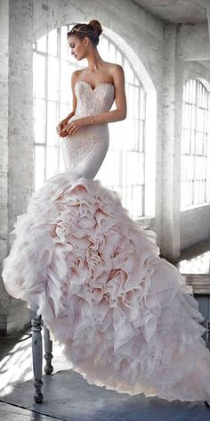 strapless mermaid blush wedding dress / http://www.himisspuff.com/mermaid-wedding-dresses/10/
