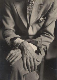 Les mains de Jean Cocteau