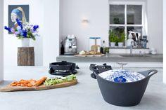 De BK Royal Dutch Oven is een zwart geëmailleerde gietijzeren braadpan met een diameter van 24 cm. De keramische deksel is beschilderd in origineel Delfts-blauw.  De vorm van de BK Royal Dutch Oven is gebaseerd op de Yuanbao, een oud chinees betaalmiddel. In moderne tijden vertegenwoordigt de vorm voorspoed en welvaart.