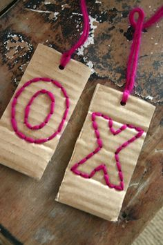 Simple and cute diy cardboard gift tags from cfabbridesigns.com via giverslog.com #gifttags #partyideas #giftideas