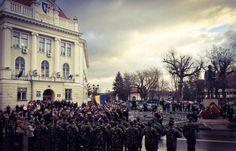 Marea Unire se celebrează cu fast, la Alba Iulia, locul în care în urmă cu 97 de ani s-a împlinit Marea Unire a Românilor. Autoritățile locale au pregătit și în acest an, 2015, un program solemn de Ziua Națională a României, dar și unul artistic. Focul de...
