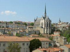 Angoulême - Church of Obezine - Charente dept. - Poitou-Charentes région, France                                     ..........................commons.wikipedia.org