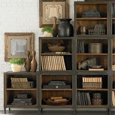 Bookcase Styling - Library - this is such a great bookcase!