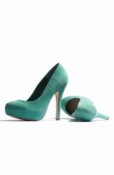 Steve Madden 'Traisie' Pump | Love these!  I have almost every color.