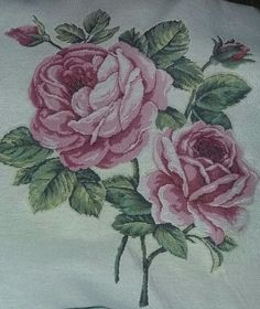 Rose Pictures, Irish Lace, Irish Crochet, Throw Pillows, Scrappy Quilts, Doodle Flowers, Manualidades, Toss Pillows, Cushions
