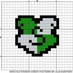 mini Slytherin crest cross stitch pattern by Alicia Sivertsson