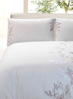 Margaret Muir Bedlinen Embroidered Bedding Philosophy Bed Linen Pinterest