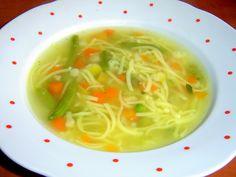 Aby byly polévky jako od babičky, stačí dodržovat klasická pravidla | | MAKOVÁ PANENKA Spaghetti, Ethnic Recipes, Soups, Soup, Noodle