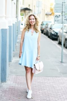 Sweet Blue_dress_ | Ritalifestyle pastel_colors_summer_look_margarita_maslova_converse