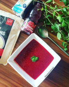 Piros bogyós vaníliás gyümölcsleves Vanilla Fruit, Fruit Soup, Dairy Free, Gluten Free, Mixed Berries, Stevia, Raspberry, Recipe Share, Favorite Recipes