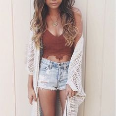 35 Adorable Casual Boho Chic Outfits To Look Cool This Spring - Trendfashionist Summer Fashion Outfits, Cute Summer Outfits, Boho Outfits, Spring Outfits, Trendy Outfits, Miami Outfits, Bohemian Dresses, Nike Outfits, Western Outfits